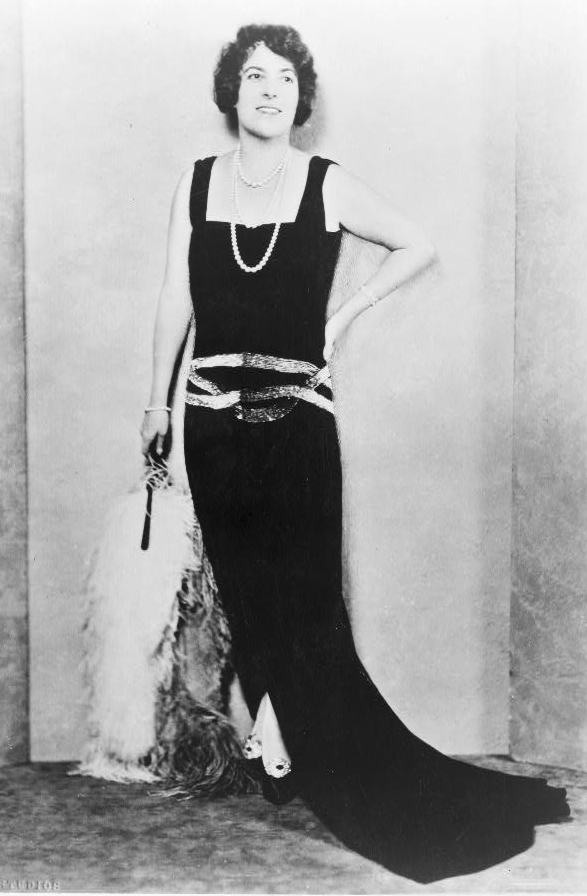 1920 evening dresses photo - 1