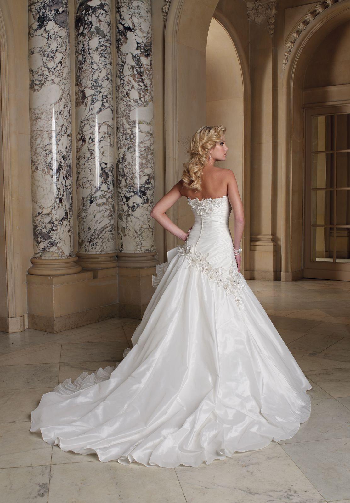 beautiful elegant wedding dresses photo - 1