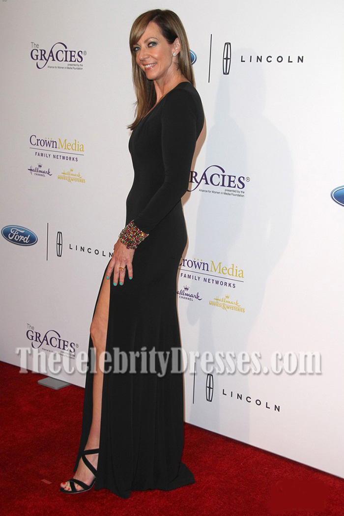 black backless evening dress photo - 1