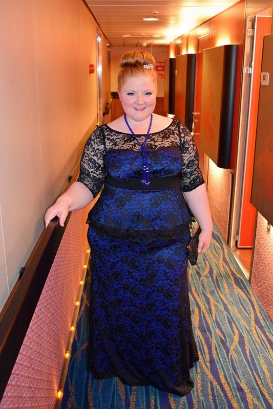 cruise elegant dresses photo - 1