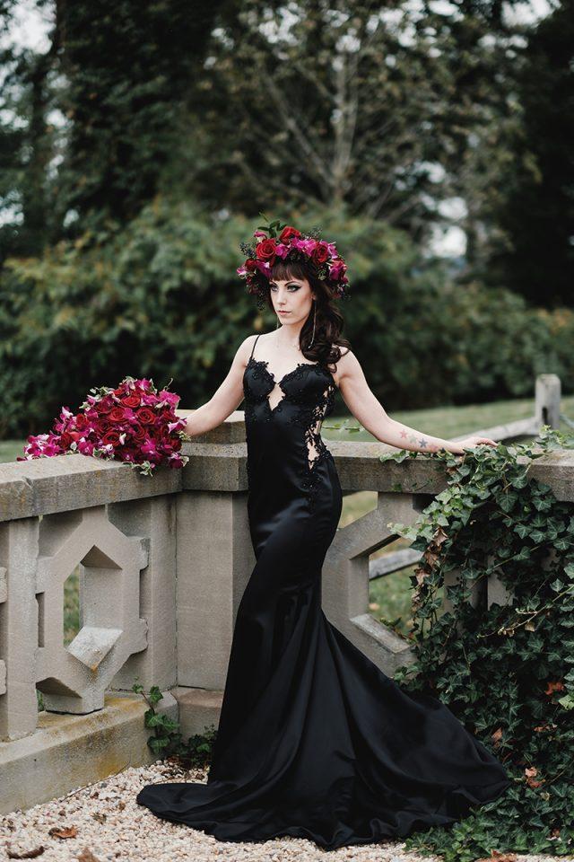 elegant cream dresses photo - 1