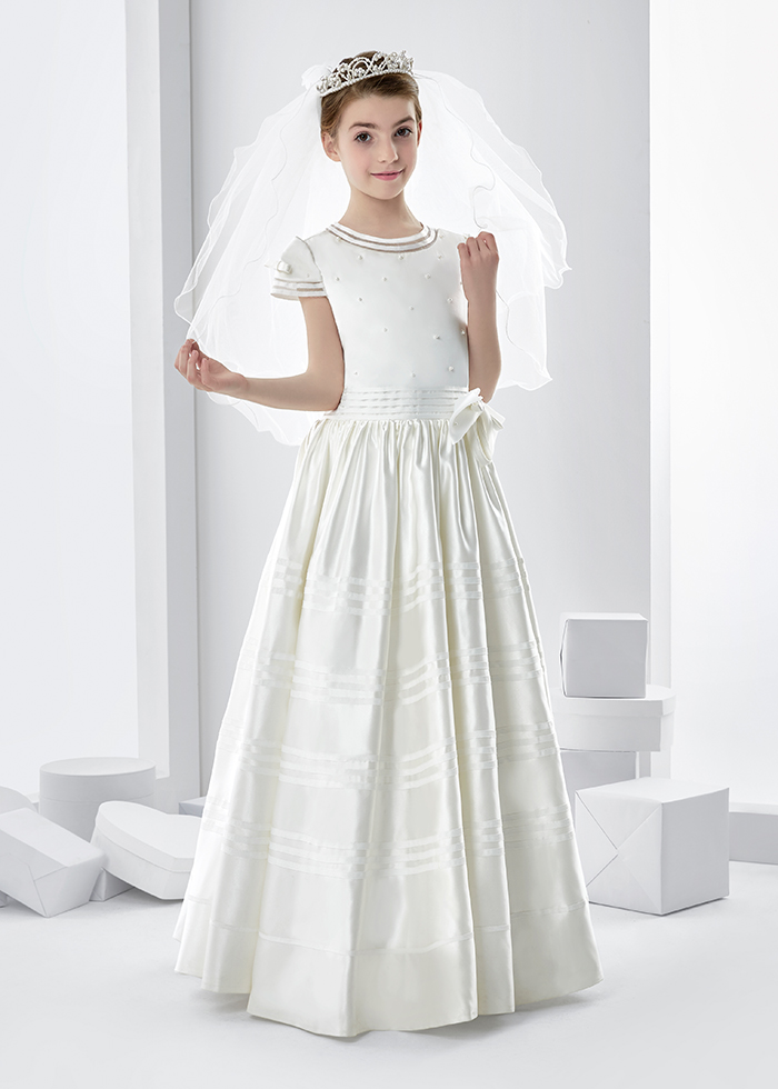 elegant first communion dresses photo - 1