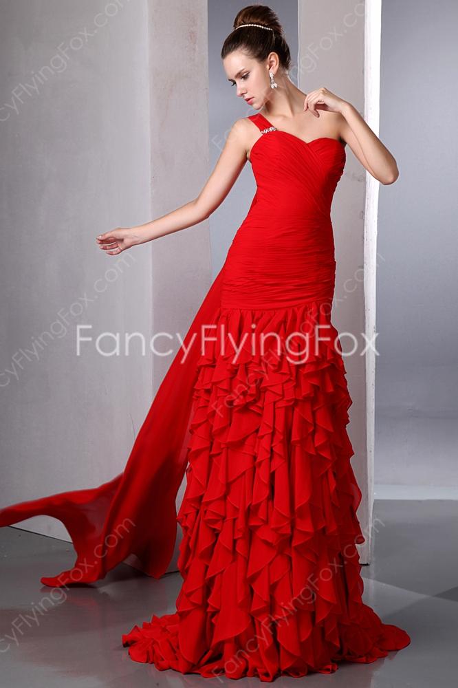 elegant red carpet dresses photo - 1