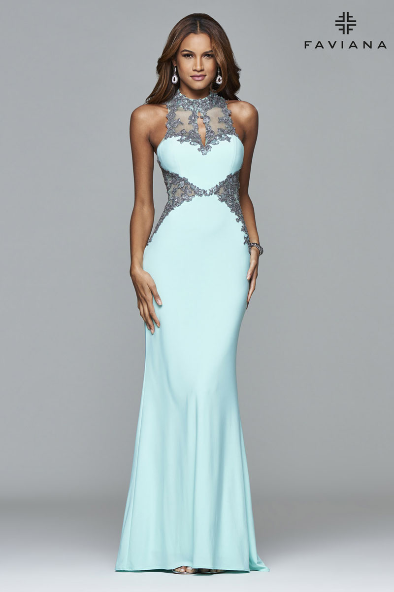 evening dress for plus sizes photo - 1