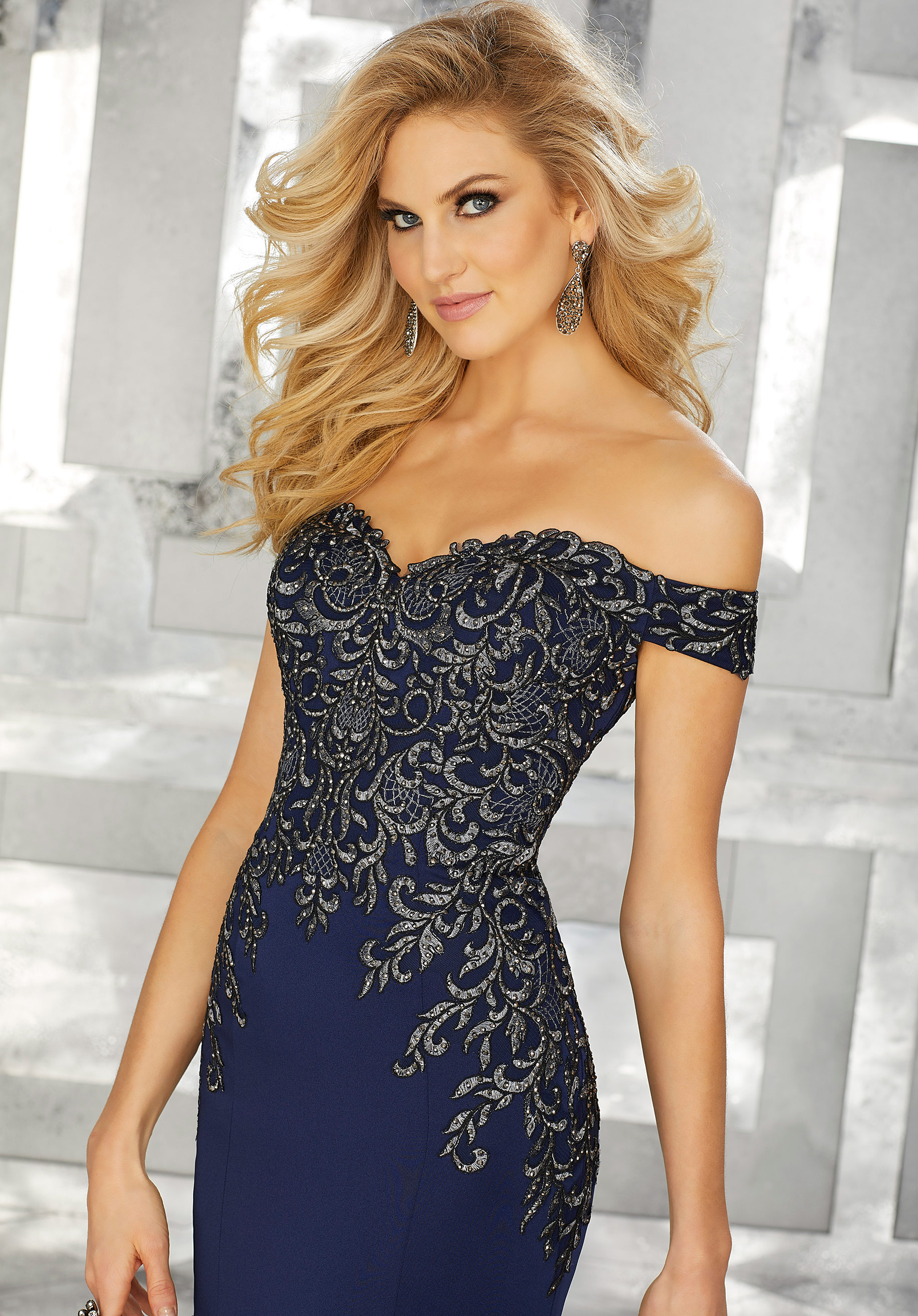 form fitting evening dresses photo - 1