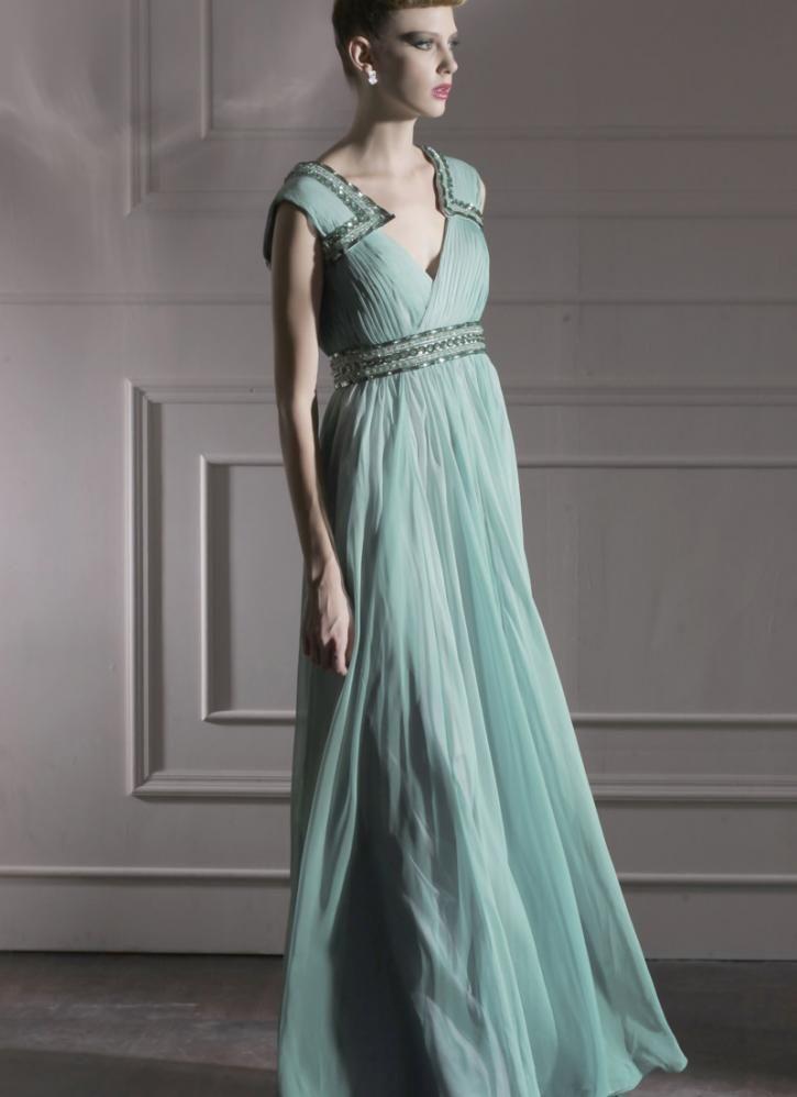 green evening dress photo - 1