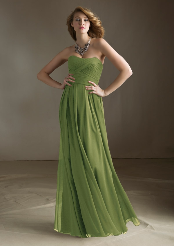 long green evening dress photo - 1