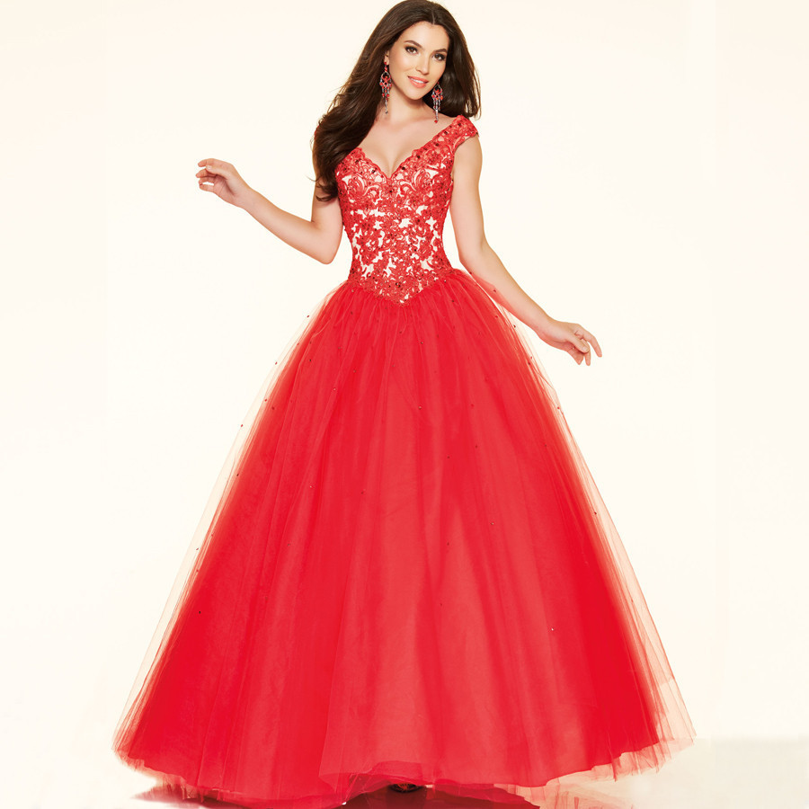 renting evening dresses photo - 1
