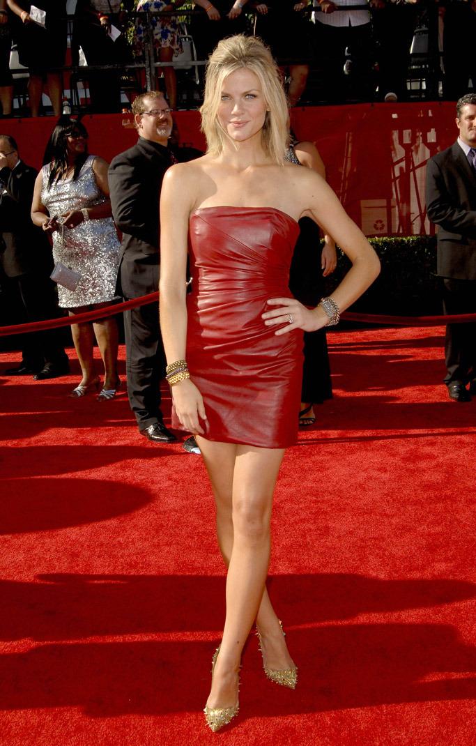 ronda rousey dress red carpet photo - 1