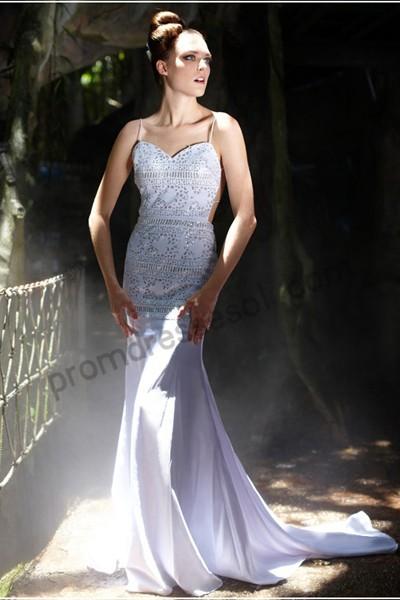white lace evening dress photo - 1