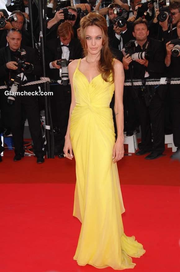yellow dress red carpet photo - 1