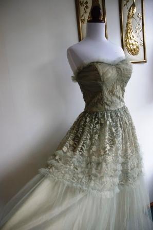 1950s evening dress photo - 1
