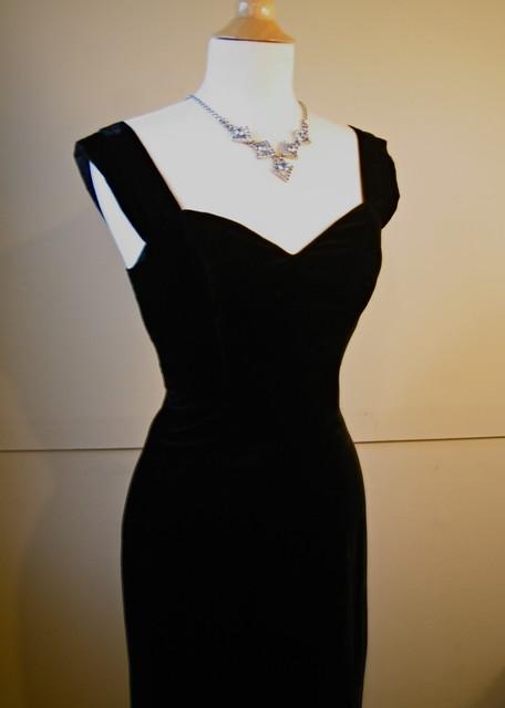 elegant black formal dresses photo - 1
