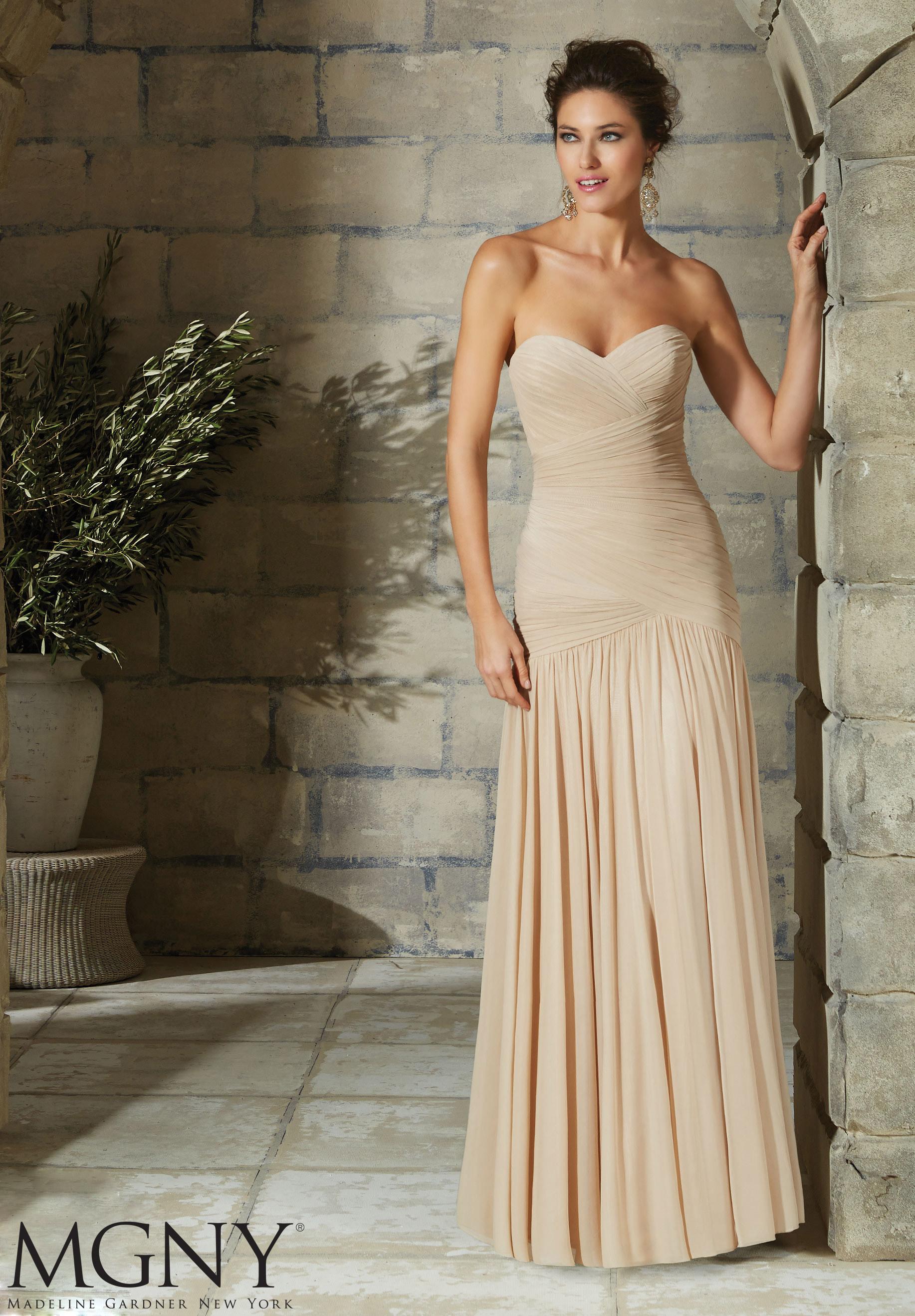 evening dress styles photo - 1