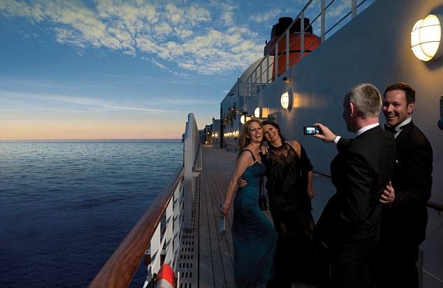 evening dresses for cruises photo - 1