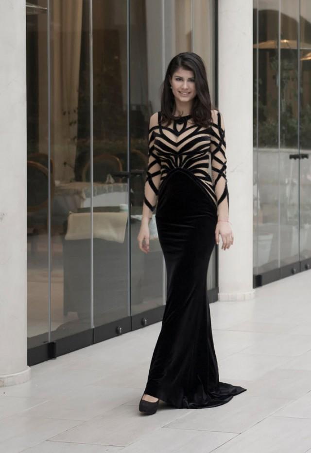 long black velvet evening dress photo - 1