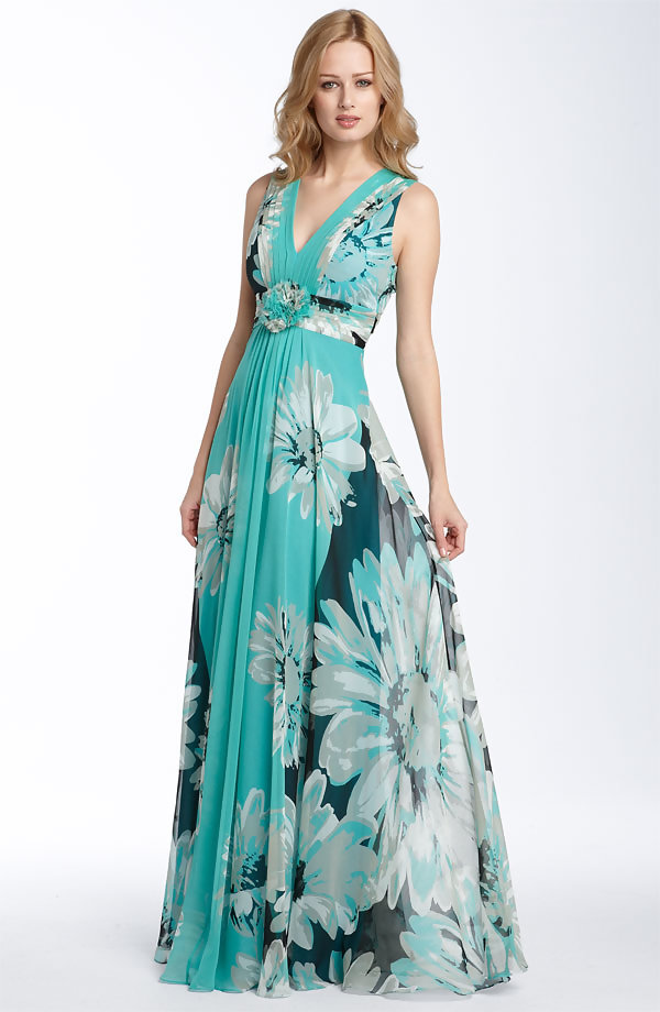 looking for evening dresses photo - 1