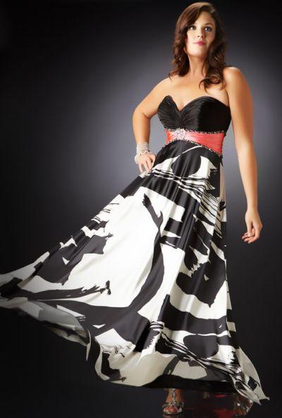plus size black evening dress photo - 1