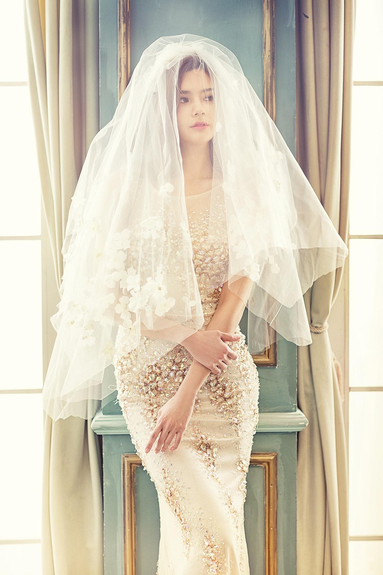 pretty elegant dresses photo - 1